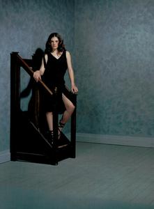 Collins_Vogue_Italia_October_2003_14.thumb.png.f4eba9bc48284095a959c518590c60a9.png