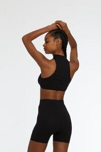 Elysian-Soto-Black-Back_2400x2400.thumb.jpg.000b12dbe9c3698d6360c1c508a22db2.jpg