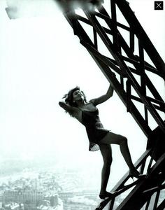Lindbergh_Gustafson_Vogue_Italia_December_1989_02.thumb.png.7ac61fdc060af0276e8907500ca59238.png