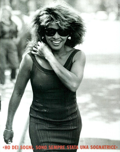 Lindbergh_Gustafson_Vogue_Italia_December_1989_07.thumb.png.2fffabdb66bc92e23e27f10aac2b43bb.png