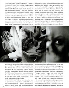 Lindbergh_Gustafson_Vogue_Italia_December_1989_09.thumb.png.70e33d63695902545dc6166f4f75370c.png