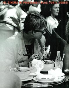 Lindbergh_Gustafson_Vogue_Italia_December_1989_11.thumb.png.b188365e68e1c4d2890562baf4f39fc9.png