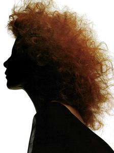 Milva_Watson_Vogue_Italia_November_1989_02.thumb.png.445d8a5b73e2f3307f997499a9ffaa36.png