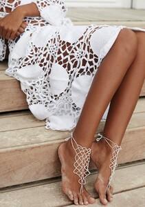 boho_barefoot_sandal_white.jpg