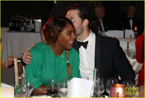 serena-williams-alexis-ohanian-couple-up-for-mouratoglou-tennis-academy-charity-gala-03.jpg
