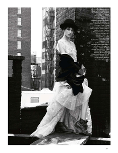 vogue-uk-2013-10-oct-31910.thumb.png.b31446e2a3510bc15cd696172b69c5d4.png