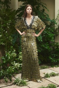 00020-Julie-de-Libran-couture-fall-2019.thumb.jpg.4fdd60ca79322bab0865a1891d1bd447.jpg