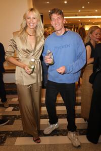 Karolina+Kurkova+Celebrate+40+years+Best+Vogue+2KtXtb0cDfBx.jpg