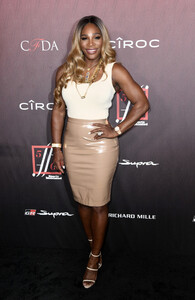 Serena+Williams+Sports+Illustrated+Fashionable+NQ4x926x9eSx.jpg