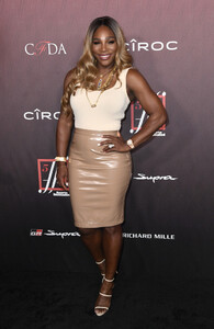 Serena+Williams+Sports+Illustrated+Fashionable+WBdYoOCqLEDx.jpg