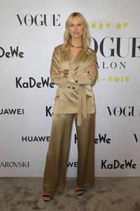 Karolina+Kurkova+Celebrate+40+years+Best+Vogue+BLgoCT8mOLax.jpg