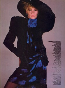Avedon_Vogue_US_October_1984_10.thumb.jpg.fe1e490727aa2186818b2c984e6b5426.jpg