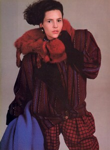 Avedon_Vogue_US_October_1984_13.thumb.jpg.6b6138959cd0f19b9cf4ffc1a3c06a5c.jpg
