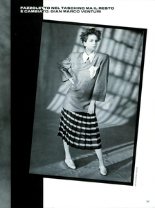 Demarchelier_Vogue_Italia_January_1985_12.thumb.png.74ee11af5015a62c4ce7c990e442f613.png