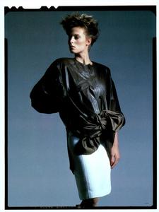 Hiro_Vogue_Italia_January_1985_02.thumb.png.82a0b2cae168e5a65e86a782f9d616e2.png