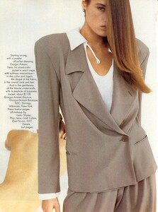 Maser_Vogue_US_February_1987_01.thumb.jpg.6bc0322cd3af76d4eb5b6a07019543a4.jpg