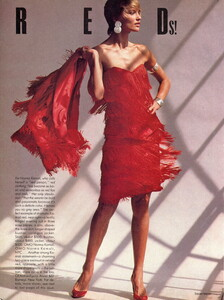 Meisel_Vogue_US_November_1985_02.thumb.jpg.71af443903867214819f8b30fa1e3dc8.jpg