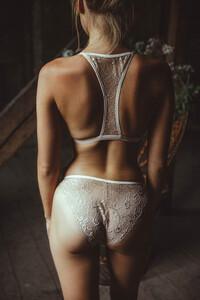 maya-otsoko_lingerie-maison-louve-12.thumb.jpg.1ff9a8e5b0f211b62762ec754342e11b.jpg