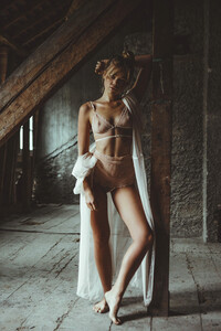 maya-otsoko_lingerie-maison-louve-2.thumb.jpg.cee7c0c32f21bd5812f2393f06382ec4.jpg