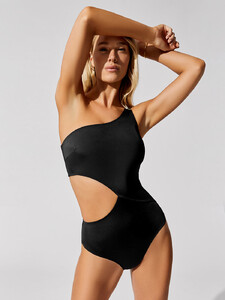 solid-and-striped-the-claudia-swim-black_0217.jpg
