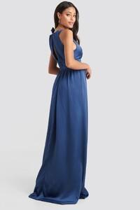 trendyol_neck_detailed_evening_dress_1494-002080-0003_02d.jpg