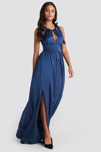 trendyol_neck_detailed_evening_dress_1494-002080-0003_03c.jpg