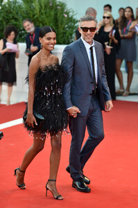 Tina+Kunakey+J+Accuse+Officer+Spy+Red+Carpet+5ata8xHmgffx.jpg
