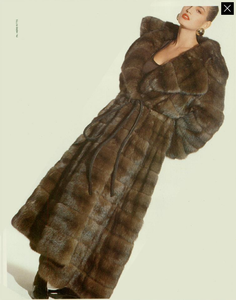 2003875688_Ritts_Gianfranco_Ferr_Furs_Fall_Winter_88_89_02.thumb.png.7f44602a4bee996affaf06ab751c1bcc.png