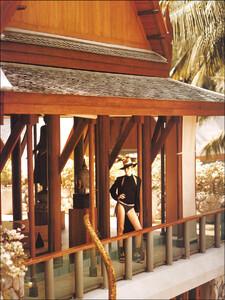 7fc_MarieClaireUK-Feb2003_Georgina-Grenville-07_phSean-Gleason.jpg