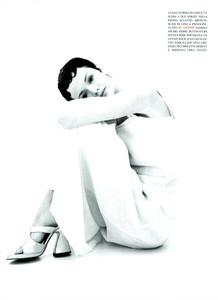 Provocante_Saikusa_Vogue_Italia_March_1994_06.thumb.png.2b185a4be1b1d635aca92078e6e194b4.png