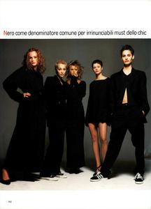 Ritratti_Comte_Vogue_Italia_March_1994_03.thumb.png.24a53b6d66374c4ddfd1d940062f0807.png