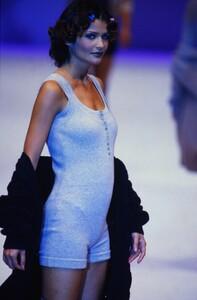 fashion-photography-archive-image-work-image----batch25----fullSize----103930_103930-14_0014_fs.jpg.thumb.jpg.79f02b00d0697984ee9b62879922c240.jpg