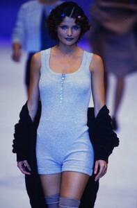 fashion-photography-archive-image-work-image----batch25----fullSize----103930_103930-14_0062_fs.jpg.thumb.jpg.459ccb853890321667a5b69aa315eab4.jpg