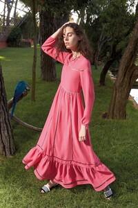 00032-Red-Valentino-Ready-To-Wear-Spring-2020.thumb.jpg.77d26b4b409bd73b1108b9f967d2f379.jpg