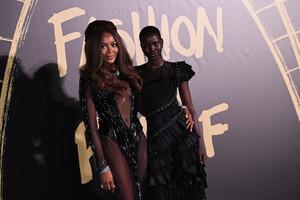 Naomi+Campbell+Red+Carpet+Arrivals+Fashion+pwoi3FDvbJ-x.jpg