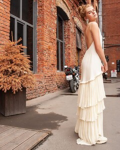 Alexandra Porfirova - maison adore 37.jpg