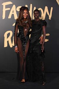 Naomi+Campbell+Red+Carpet+Arrivals+Fashion+jMF8ttW2y0lx.jpg