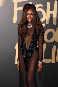 Naomi+Campbell+Red+Carpet+Arrivals+Fashion+ehZKjGIbC3Kx.jpg