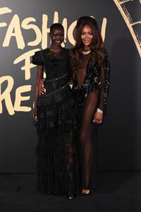 Naomi+Campbell+Red+Carpet+Arrivals+Fashion+kpx_jEPGc3Kx.jpg