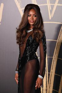 Naomi+Campbell+Red+Carpet+Arrivals+Fashion+MiQnHatvWIdx.jpg
