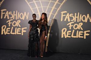 Naomi+Campbell+Red+Carpet+Arrivals+Fashion+s-2nVLdHAJox.jpg