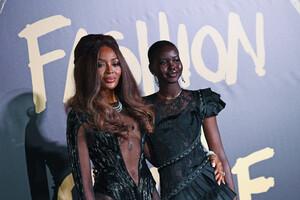 Naomi+Campbell+Red+Carpet+Arrivals+Fashion+AI5Vh-I9vo-x.jpg
