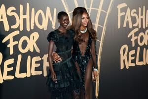 Naomi+Campbell+Red+Carpet+Arrivals+Fashion+n9M_x4Vb7F1x.jpg