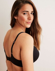 Aly-Raisman-for-Aerie-x-Aly-Collection-2019-05.thumb.jpg.9779e650f8a946215363a5cfcad08a36.jpg