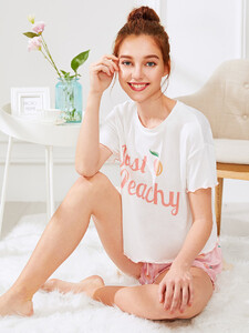 Fruit-Print-Lettuce-Edge-Tee-And-Shorts-PJ-Set-p-431928-cat-1880-5.jpg