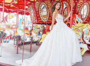tara-keely-lazaro-bridal-fall-2018-style-2851-paola_0.png