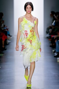 00085-Parsons-MFA-SS20-Ready-To-Wear-Credit-Monica-Feudi.thumb.jpg.47fe2096c5c1ef64b0a886fe1bd98c3b.jpg