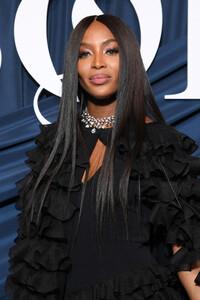 Naomi+Campbell+Business+Fashion+Celebrates+LvtqAoXaQ5vx.jpg