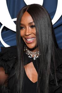 Naomi+Campbell+Business+Fashion+Celebrates+ymj5gFQ0y6Jx.jpg