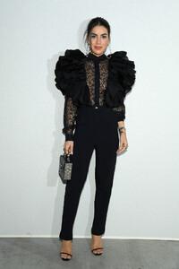 Camila+Coelho+Elie+Saab+Front+Row+Paris+Fashion+HSiiM-bfGQVx.jpg